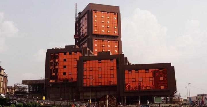 L'immeuble de la mort affiche fière allure - Crédit photo: camnews24.com