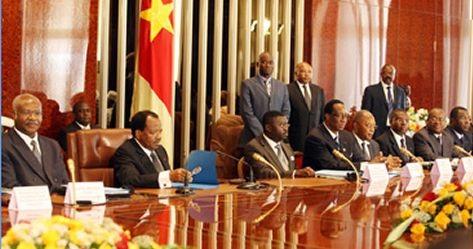 Conseil de ministres. Interdit aux moins de 65 ans - Crédit photo: cameroun-online.com