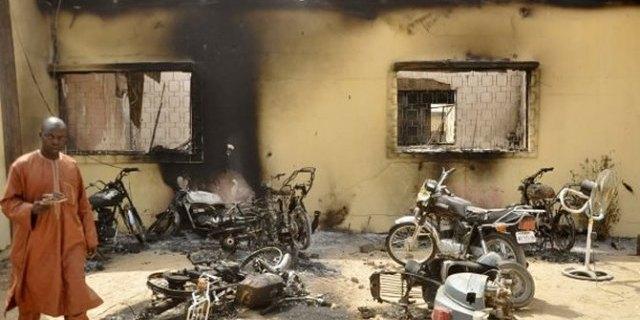 Stigmates des attaques ennemies en terre camerounaise (malgré la paix) - Crédit photo: cameroun24.com