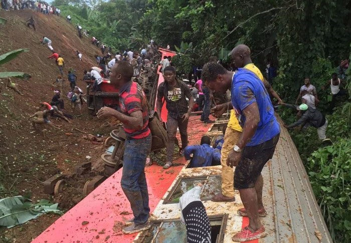 Des rescapés de l'accident - Photo : actucameroun.com