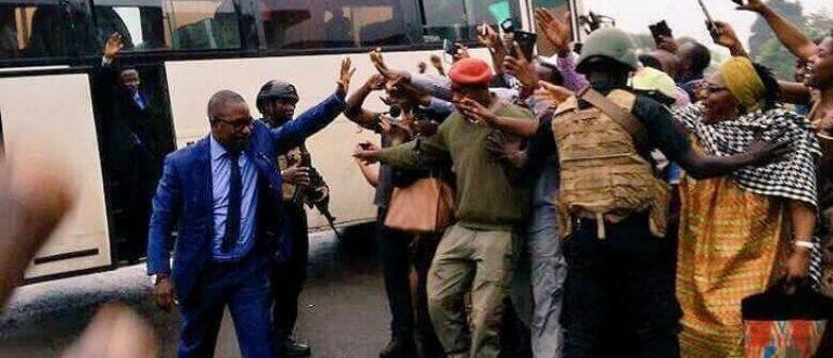Article : Crise anglophone au Cameroun : le gouvernement a-t-il vraiment cédé ?